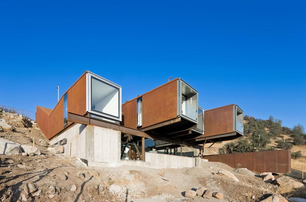 Casa con contenedores mar timos en santiago de chile for Arquitectura contenedores maritimos